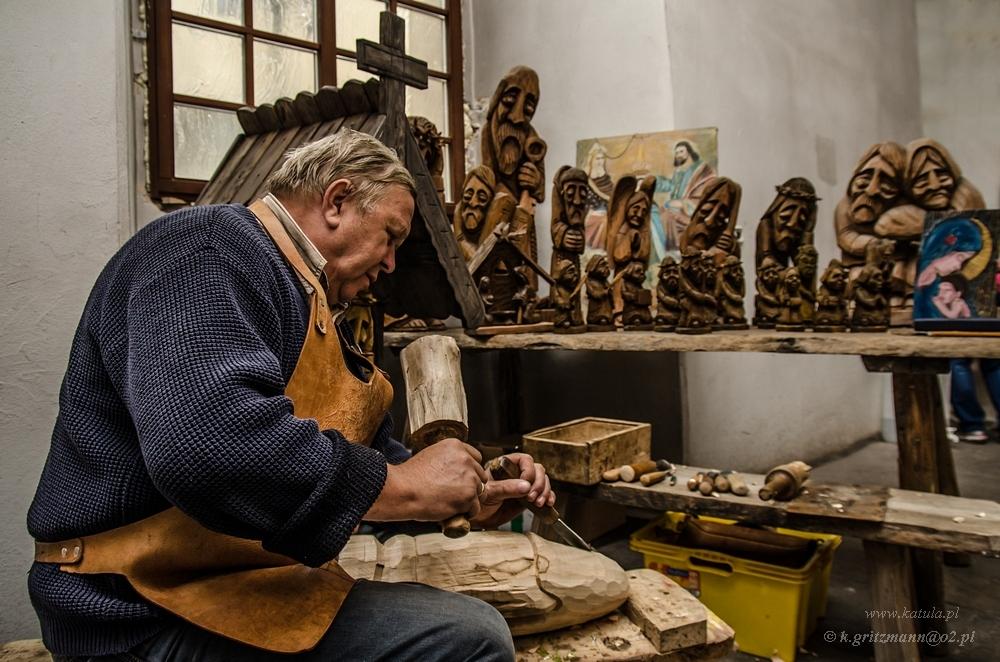 Kazimierz Kopec przy pracy. Fotografia Katarzyny Gritzmann www.katula.pl